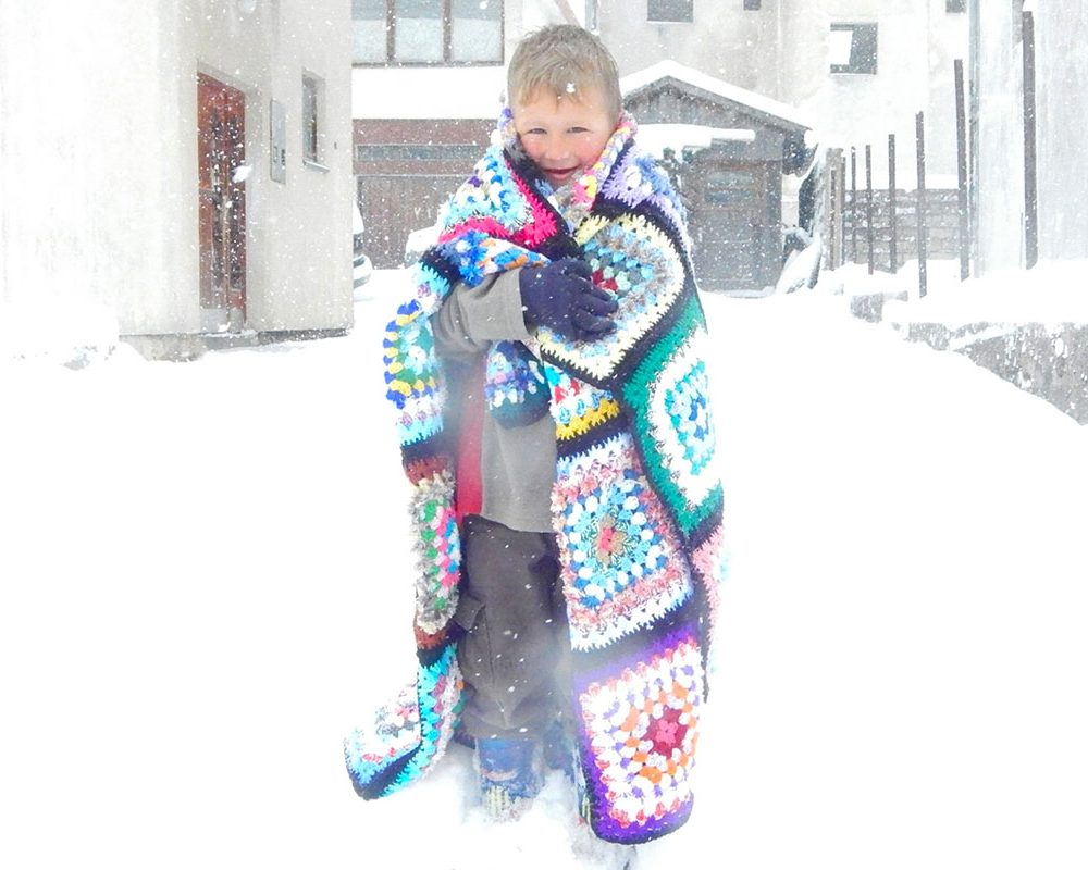 cold-winter-wrap-with-love-charity